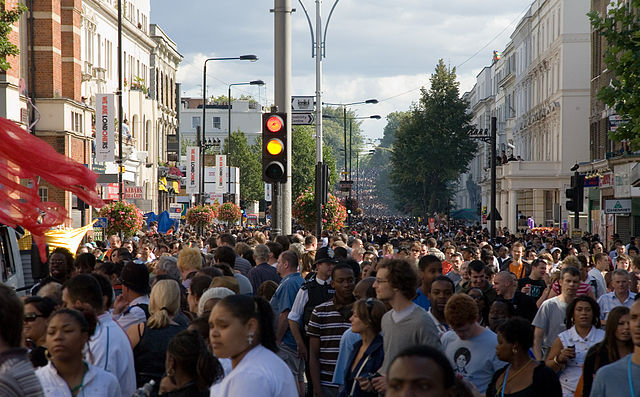 640px-Image-Notting_Hill_Carnival_Crowd_-