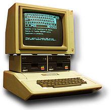 L`Apple II d`Apple lancé en 1977