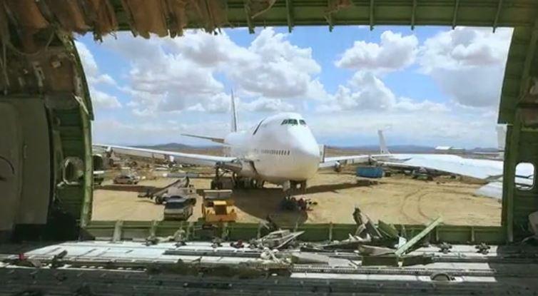 Boeing- 747 Jumbo- en -boite -de -nuit pour- le -Festival Burning Man -2016 (2)