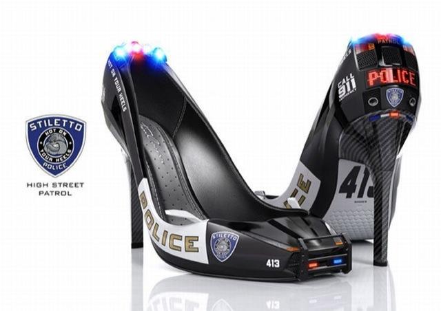 Chaussures-talons-aiguilles-Femmes-policieres-gadget
