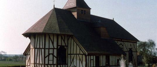 France- Les- étonnantes -églises- en- pans- de- bois