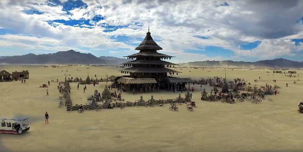 Festival-Temple-Burning Man- 2016
