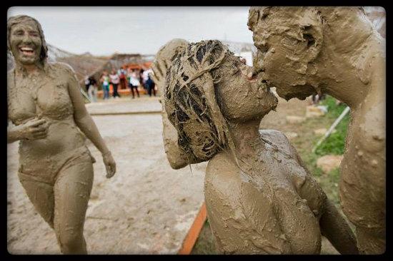 festival-de -musique -dans-la boue