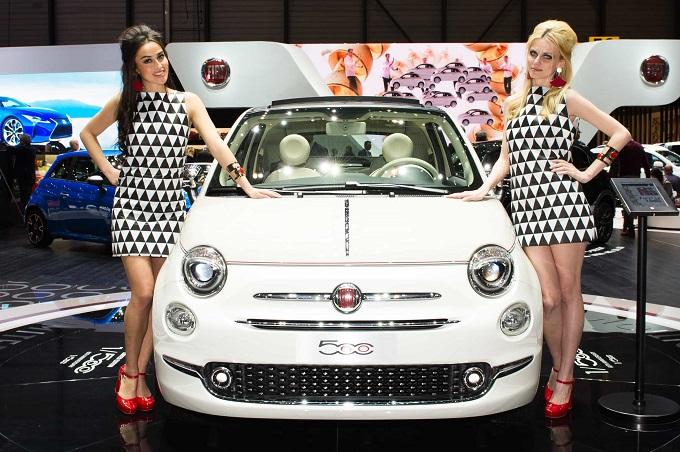 Hôtesses-Fiat 500 60E (