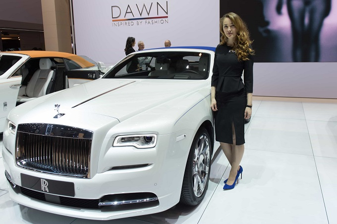 hôtesse-Rolls-Royce
