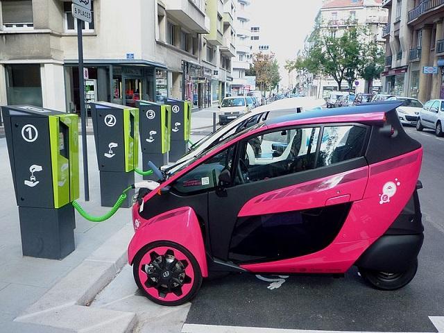 I-road_-voiture-électrique_Grenoble