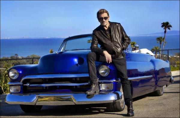 Johnny_Hallyday-et-sa-Cadillac
