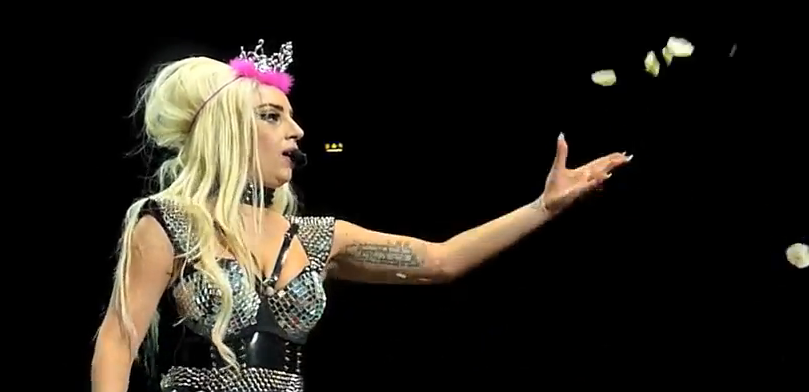Lady Gaga - Bad Kids - Live in Stockholm, Sweden 30.08.2012 HD - YouTube_mesfavorisites.com
