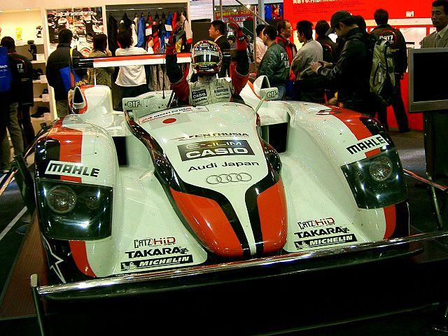 L`Audi R8,_victorieuse de l`édition 2004