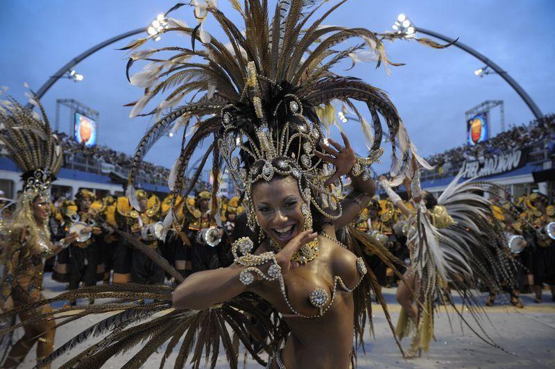 carnaval- de- Sao- Paulo_ Bresil_mesfavorisites.com