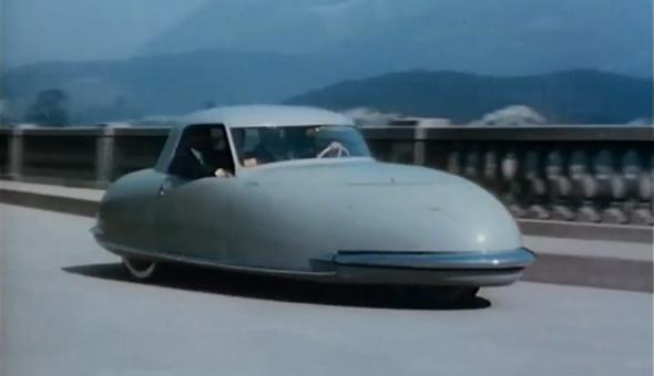 toute-première-voiture-du-futur-année 50