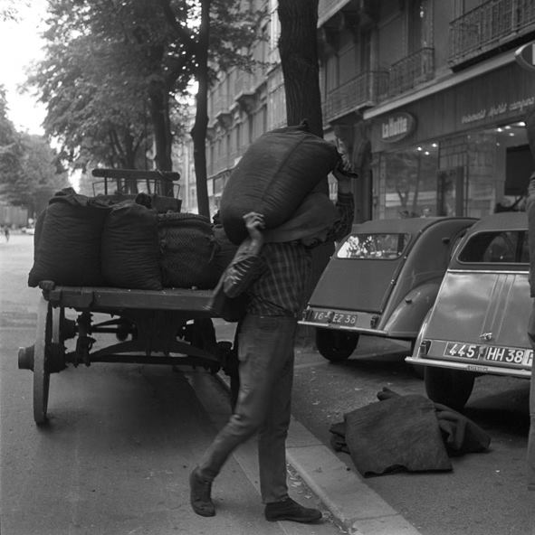 livraison-charbon-phot_archive-dauphiné-libéré