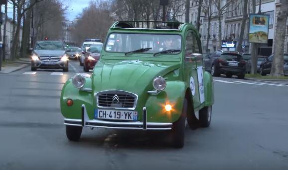 Marguerite_ la_ 2 -cv-Citroëne-électrique