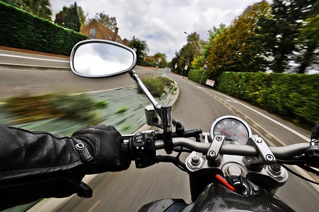 motorcycle-vitesse_80km/h