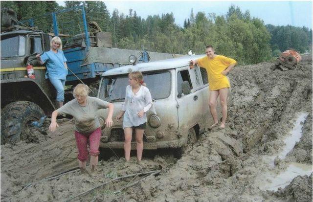 Sur la route de Moscou à Yakoutsk, le principal obstacle semble être la boue