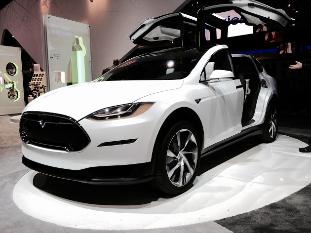 tesla model x voiture lectrique du futur sur notre blog. Black Bedroom Furniture Sets. Home Design Ideas