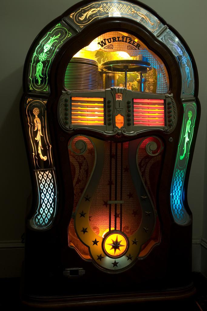 Jukebox - 1947 Wurlitzer model 1080